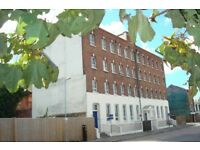 One Bedroom Flat available Now in Albert Road South, Nr Ocean Village for £725 per month