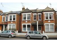 4 bedroom house just off Clapham Common North Side