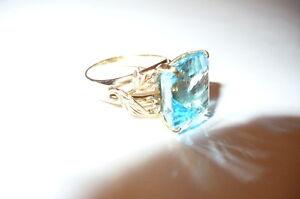 Blue Topaz 14K Ladies Ring 12.52ct - appraised