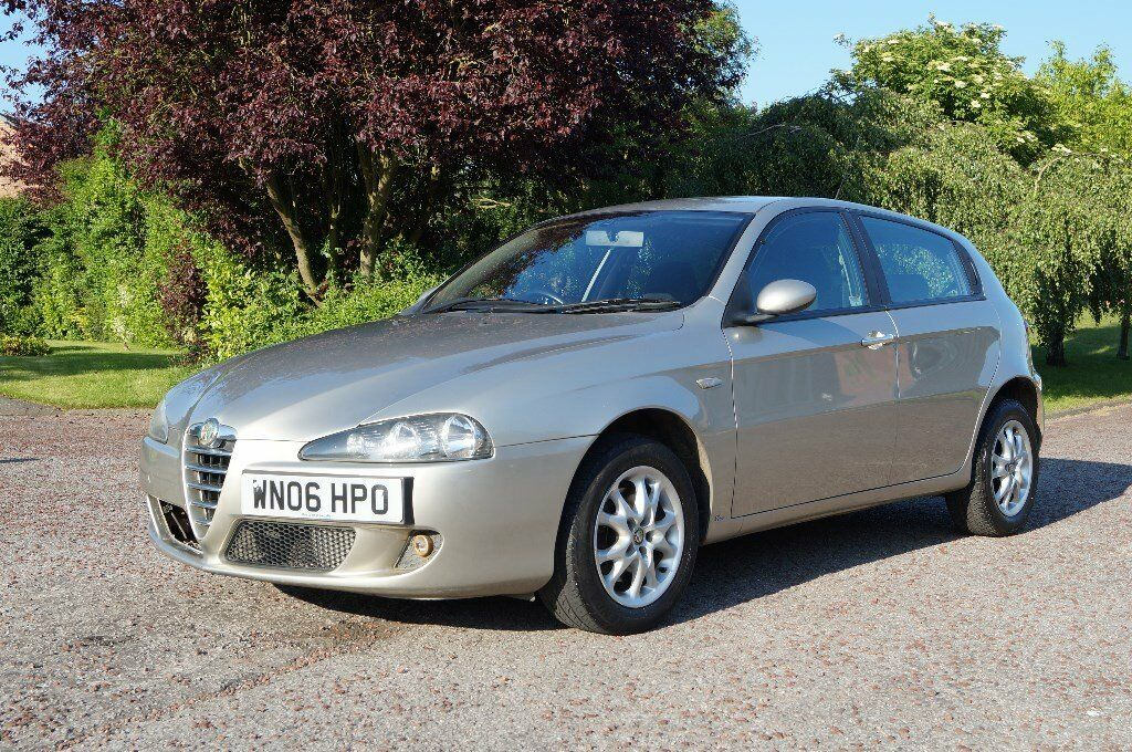 2006 06 alfa romeo 147 t spark lusso hpi clear 12 months mot p ex welcome in holme on. Black Bedroom Furniture Sets. Home Design Ideas