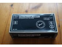 *** Box of 100 Protector Vinyl Examination Gloves - Size Small ***