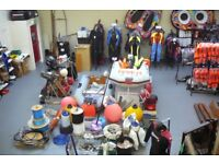 BOAT, BOATS, OUTBOARDS, ROPES, ANCHORS, WETSUIT, WETSUITS, LIFE JACKET, DONUTS, GLOVES, BOOTS