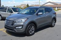 2015 Hyundai Santa Fe AWD w/HEATED STEERING WHEEL & SEATS!