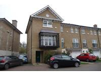 5 bedroom house in Reliance Way, Cowley, Oxford