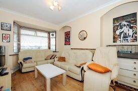 Fieldview, SW18 - A spacious three bedroommaisonette with private rear garden - £1650pcm