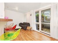 1 BEDROOM FLAT IN LITTLE VENICE OVERLOOKING THE CANAL WITH PRIVATE GARDEN £450pw **AVAILABLE NOW**
