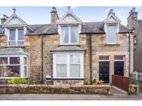 Beautifully presented 2 bedroom ground floor Victorian Appartment for sale.