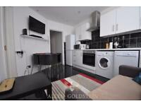 3 bedroom flat in Sandwich Street, WC1H