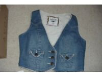 SIZE 14 DENIM FLEECE LINING WAISTCOAT FASTENS WITH 3 BUTTONS 2 FRONT POCKETS
