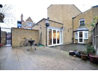 Spacious well looked after three bedroom flat with garden just near Homerton station!