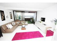 3 bedroom house in Poole & Quay, BH15