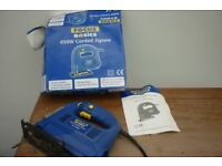 Jigsaw Electric saw with box and manual - working