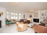 A stunning three bedroom period property with private garden. Park Hill, Clapham, SW4