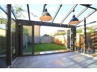 3 bedroom house in Osier Crescent, Muswell Hill, N10