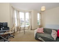*** A Large Two Double Bedroom Split Level Conversion Apartment to Rent, Beatrice Road, N4 ***