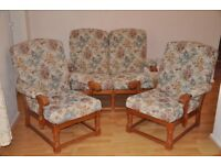 Cottage style three piece suite. Excellent condition with no wear.