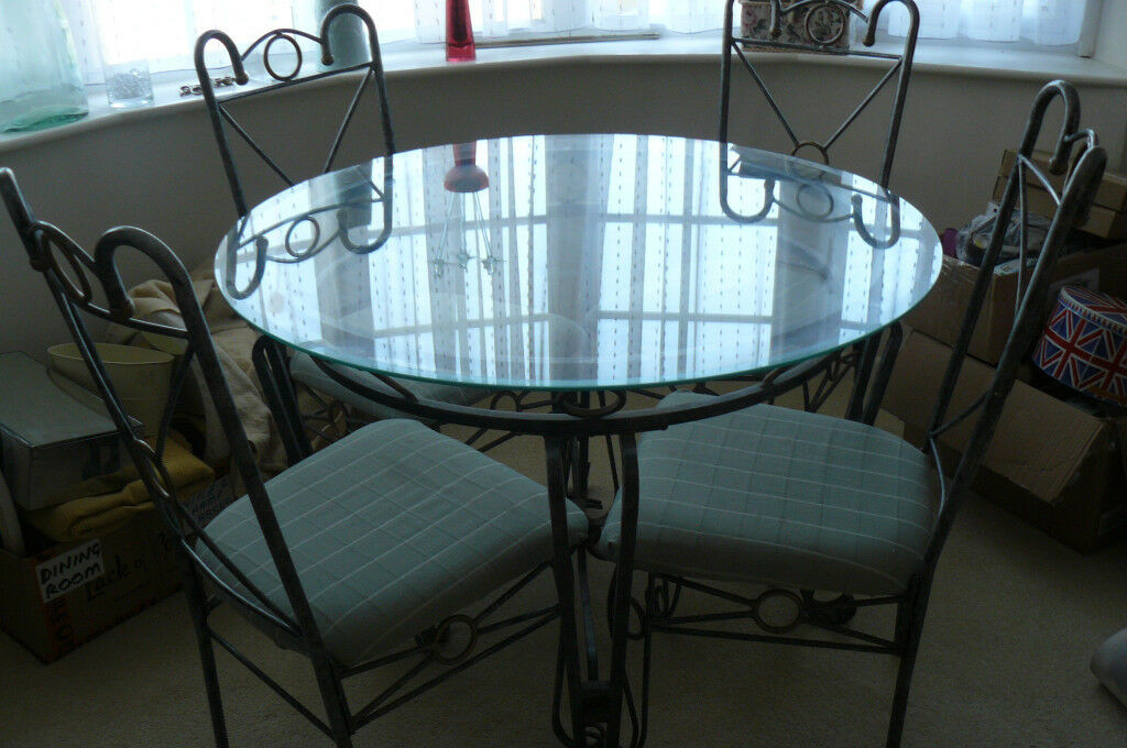 GLASS AND METAL ROUND DINING TABLE FOUR CHAIRS 107cm