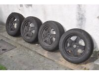Winter tyres 205/55/16 Good Year UltraGrip 8 for Ford Focus Used 4 mm profile left