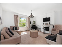 DELIGHTFUL THREE 3 DOUBLE BEDROOM AND TWO 2 BATHROOM PERIOD CONVERSION FLAT