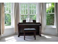 Yamaha Clavinova CLP-150 88-key digital piano - Mahogany - excellent condition, little used