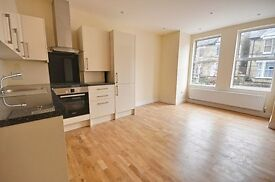 A brand new one bedroom ground floor flat in this newly converted building in Ealing.