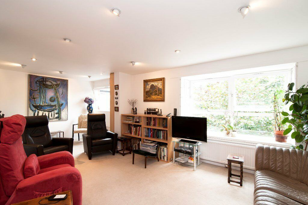 ****Excellent 2 Double Bedroom Flat Available Nearby Lord's Cricket Ground NW8****