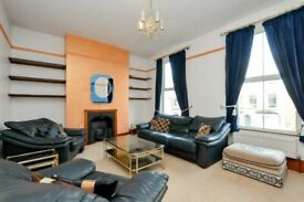 Walford Road, three bed flat, shared garden, split level