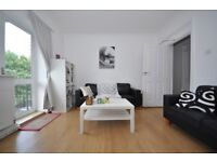 Stunning spacious 4 bedroom flat located short distance of Westferry Station & Canary Wharf