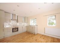 A bright two double bedroom flat to rent on Worple Road