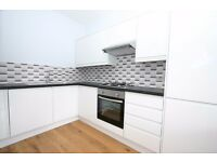 Fabulous Three Double Bedroom Flat To Rent in Finsbury Park, Perfect For Sharers.