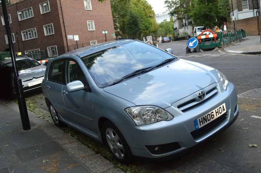 toyota corolla 1 4 hatchback 2006 in kings cross london gumtree. Black Bedroom Furniture Sets. Home Design Ideas