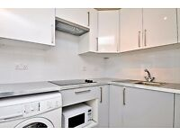 A second floor studio flat to rent in Surbiton. Berrylands Road.