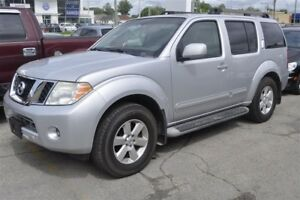 2009 Nissan Pathfinder S**7 PASSAGERS**4X4**