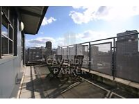** Factory Conversion ** Spacious Penthouse, Amazing Location Close To Bars, Shops and Supermarket