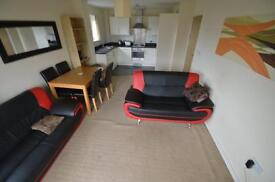 2 bedroom flat in Overstone Court, Butetown, Cardiff