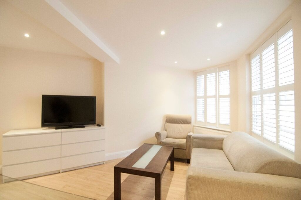 Cantral Luxurious 3 bedroom Flat with Patio in Pimlico SHORT LET