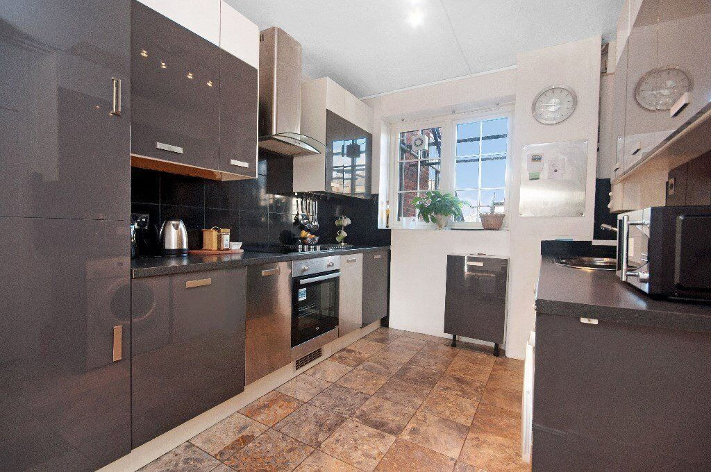 Affordable, Three 3 Bedroom Flat available to Rent in St Johns Wood Nw8