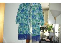 NEW IN BAG SIZE 12/14 AQUA PRINT KIMONO LOOKS GREAT OVER SWIMWEAR