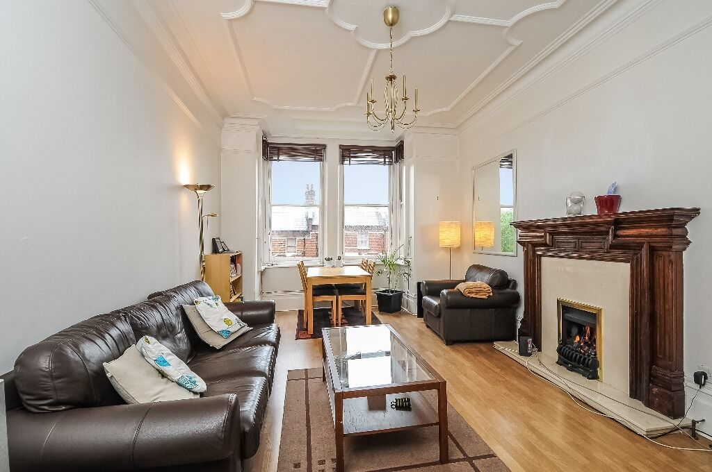 Enormous 1 bedroom flat in the heart of West Hampstead!