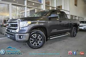 **TOYOTA TUNDRA SR5**VERSION TRD**OFF ROAD**MOTEUR V8**ENSEMBLE