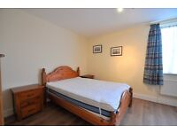 1 DOUBLE BED, 4TH FLOOR FLAT IN POPULAR GATED BLOCK, NORTH BANK ROAD, ST JOHN'S WOOD, CLOSE TO SHOPS