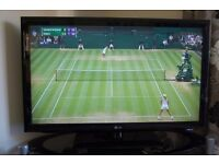 """LG 42"""" LCD TV Full 1080p HD with Freeview HD 3 HDMI Socket smart Internet iplayer comes with remote"""