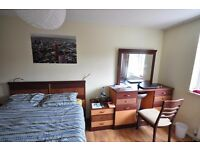 PERFECT FOR COUPLES-CALEDONIAN ROAD-ALL BILLS INCL