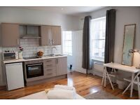 Piccadilly Gardens Stunning Studio Apartment , Serviced Short Term Let