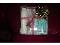 NEW AVON PAMPER GIFT SET IN PLASTIC BOX WITH RIBBON AND BOW ON