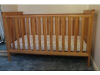 Mothercare jamestown pine cotbed birth to 5 years great condition free mattress