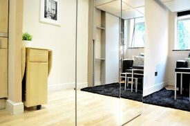 VERY GOOD PRICE ! SHORT LET !OFFER NOW ! Studio flat in West Hampstead !wifi and bills included .
