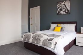 ***En-suite Rooms Available in Newly Refurbished Professional House ***