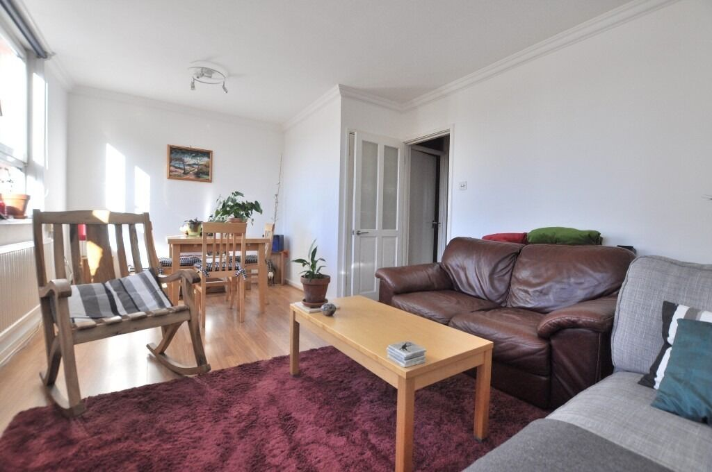 Large split level 2 bed in Finsbury Park