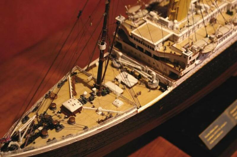 1/350 Titanic Wood Deck (MAPLE) for Academy or Minicraft by Scaledecks.com